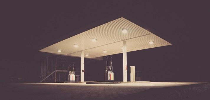 Transport hydrogène et réservoir de stockage d'hydrogène pour une station hydrogène